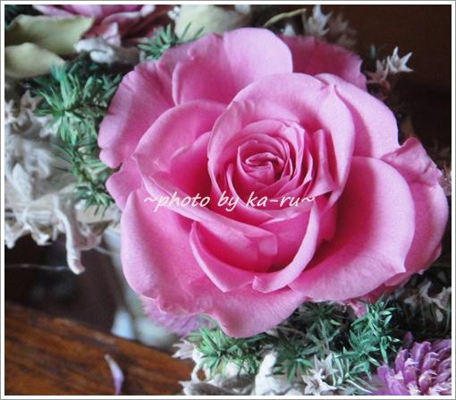 日比谷花壇 ドライフラワーリース「リース ド ロゼ」5