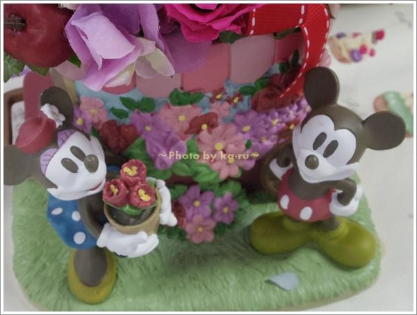 プリザーブフラワー「ミッキー&ミニー フラワーワゴン」2