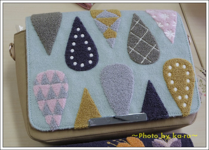 2ウェイサガラ刺繍ショルダーバッグ(mini labo)3