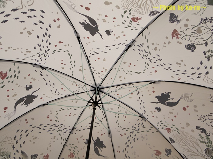 深海イメージの雨傘(ディズニー)6