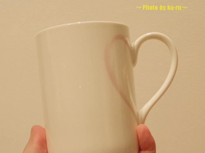 ハートの形 MoMA STOREのマグカップ002