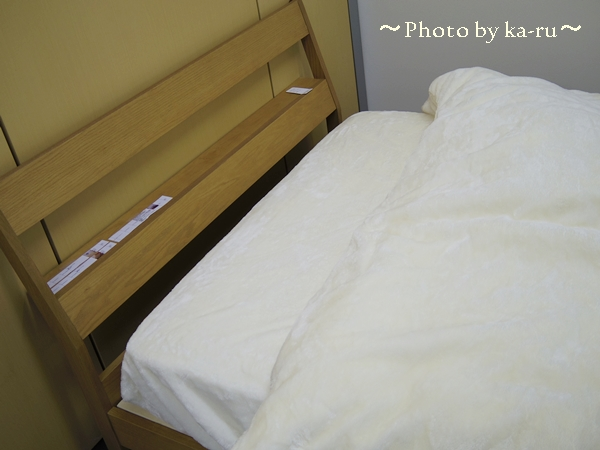棚付きシンプルすのこベッド_1