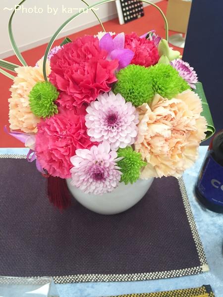 和風のアレンジメントを母の日にプレゼント! 日比谷花壇「花てまり」