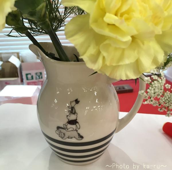 e87 ディズニー 花束セット「プーさんと一緒~ピッチャー付き~」_6