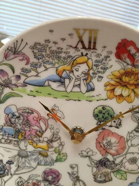 プリザーブドセット「ふしぎの国のアリスの陶時計」e87_5