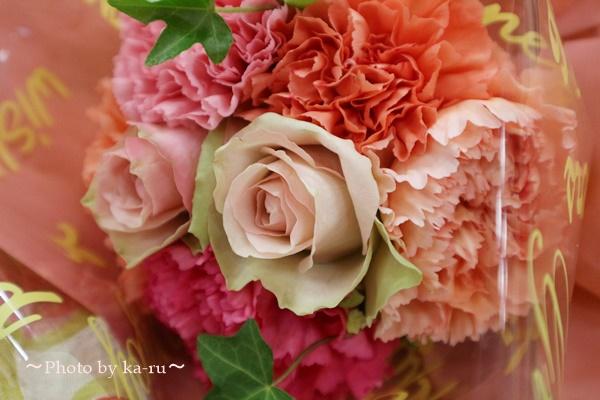母の日 ピープルツリー「手織りハンドペイント ストール」と花束のセット_花束