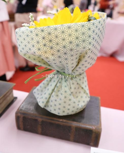 日比谷花壇「父の日」グルメセット_お花「花束」そのまま飾るブーケ