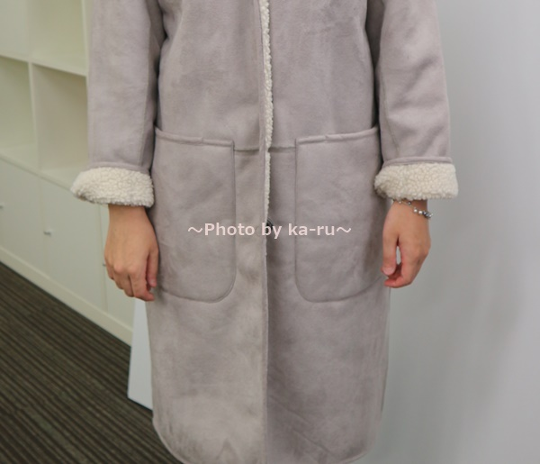 リブ イン コンフォート 軽やかに着られてしっかり暖か リバーシブルムートン風コート 袖折り返してボア