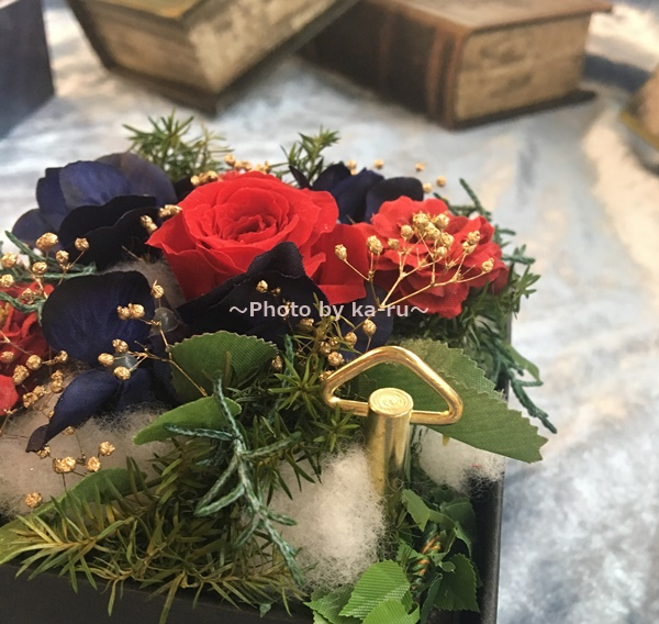 日比谷花壇「映画・美女と野獣」 ゼンマイ
