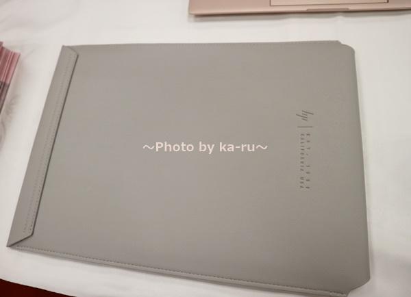 ピンクノートパソコンHP Spectre x360 Special Edition_スリープケース