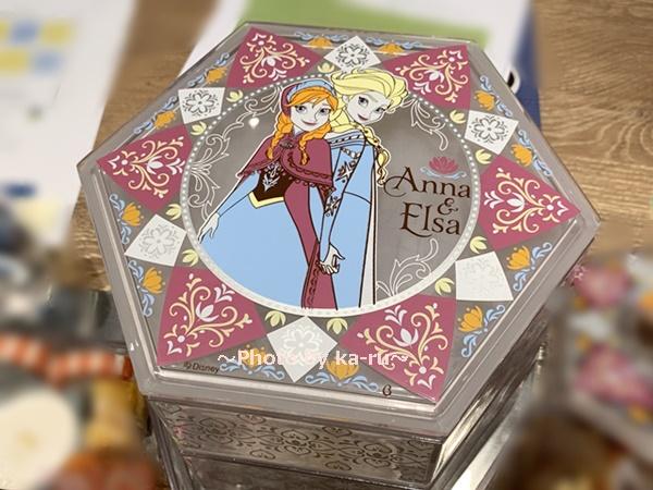 おせち・三段重<アナと雪の女王>_お重が宝石箱