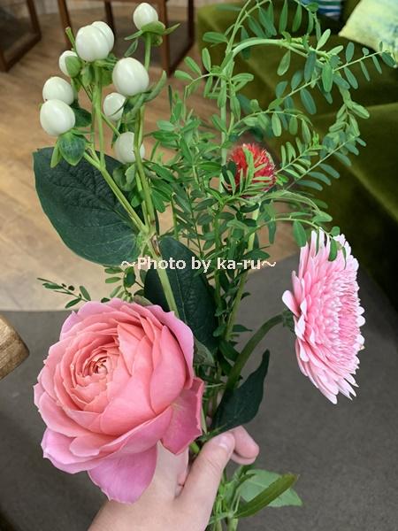 日比谷花壇「ハナノヒ教室 ~基礎から学べる花瓶生け~」_フラワーブッフェ 選んだお花