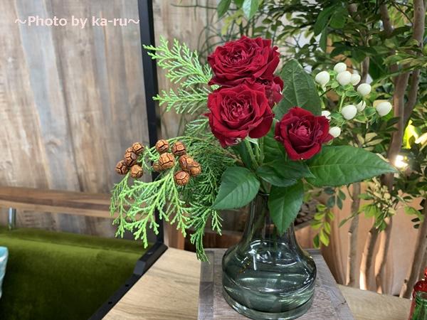 日比谷花壇「ハナノヒ教室 ~基礎から学べる花瓶生け~」_季節感